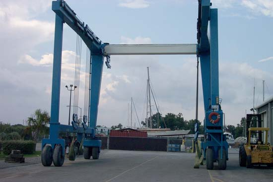 100 Ton Travel Lift